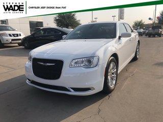 Used-2017-Chrysler-300-Limited