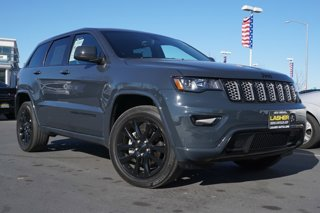 Used-2017-Jeep-Grand-Cherokee-Altitude-4x4