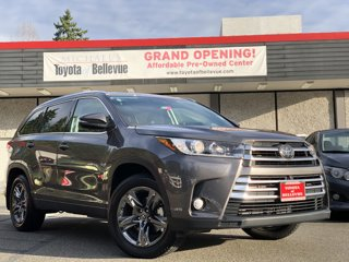 Used-2017-Toyota-Highlander-PLATINUM