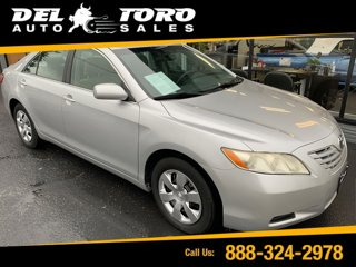 Used-2009-Toyota-Camry-4dr-Sdn-I4-Man-LE
