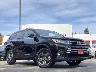 Used-2019-Toyota-Highlander-Limited-Platinum
