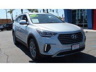 2017-Hyundai-Santa-Fe-SE