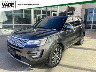 Used-2017-Ford-Explorer-Platinum