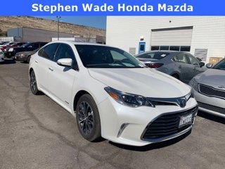 Used-2017-Toyota-Avalon-Hybrid-XLE-Premium