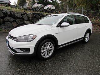 Used-2019-Volkswagen-Golf-Alltrack-S