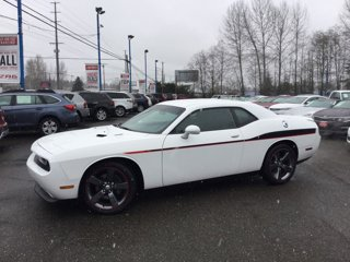 Used-2014-Dodge-Challenger-2dr-Cpe-R-T