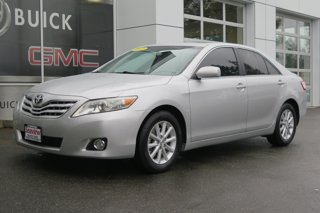 2011-Toyota-Camry-4dr-Sdn-I4-Auto-XLE