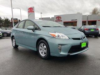 2015-Toyota-Prius-Two