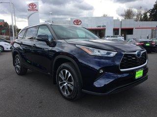 New-2020-Toyota-Highlander-Hybrid-XLE-AWD