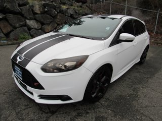 Used-2014-Ford-Focus-5dr-HB-ST