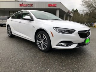 New-2019-Buick-Regal-Sportback-4dr-Sdn-Essence-AWD