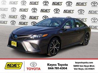 New-2020-Toyota-Camry-Hybrid-SE-CVT