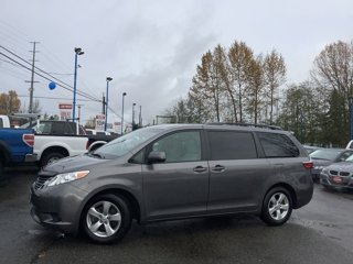 2017-Toyota-Sienna-LE-FWD-8-Passenger