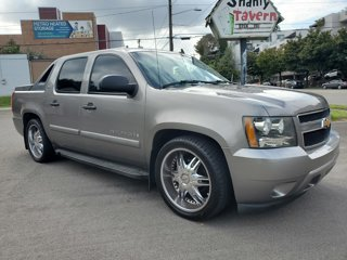 Used-2007-Chevrolet-Avalanche-2WD-Crew-Cab-130-LS