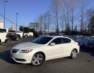 Used-2013-Acura-ILX-4dr-Sdn-20L-Tech-Pkg