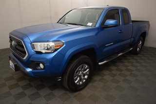 Used-2017-Toyota-Tacoma-SR5-Access-Cab-6'-Bed-V6-4x4-AT