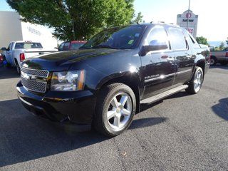 Used-2011-Chevrolet-Avalanche-LTZ