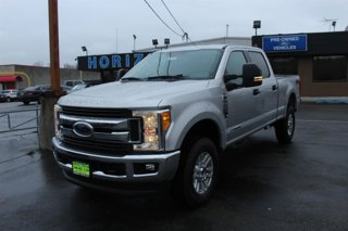 New-2017-Ford-Super-Duty-F-250-SRW-XLT-4WD-Crew-Cab-675'-Box