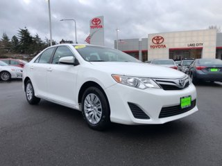 2013-Toyota-Camry-LE