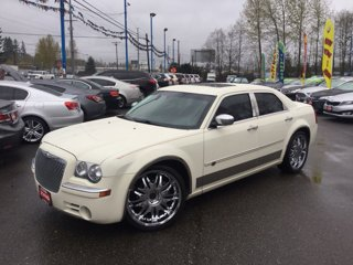 Used-2008-Chrysler-300-4dr-Sdn-300C-Hemi-RWD
