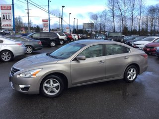 Used-2014-Nissan-Altima-4dr-Sdn-I4-25