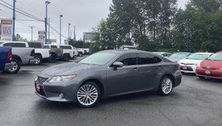 Used-2015-Lexus-ES-350-4dr-Sdn-Crafted-Line