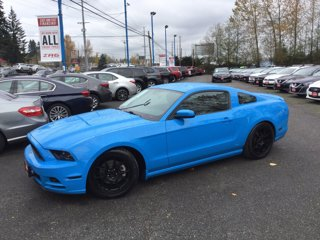 Used-2013-Ford-Mustang-2dr-Cpe-V6