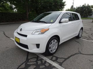 Used-2014-Scion-xD-18L-Compact-Hatchback-(Gets-Great-MPG!)