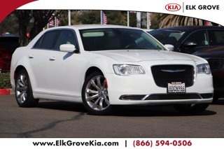 Used-2017-Chrysler-300-Limited-RWD