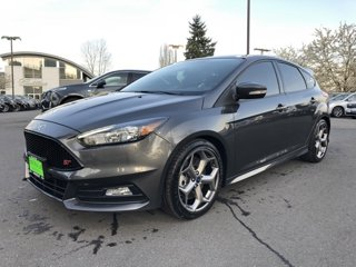 2017-Ford-Focus-ST-Hatch