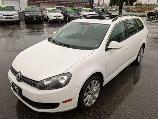2013-Volkswagen-Jetta-SportWagen-20L-TDI-Sport-Wagon-4D