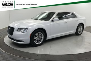 Used-2017-Chrysler-300-Limited