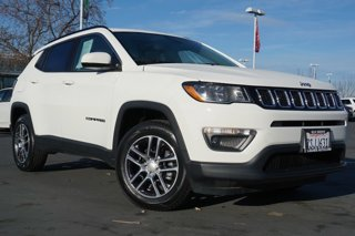 Used-2018-Jeep-Compass-Latitude-w-Sun-Wheel-Pkg-FWD