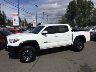Used-2017-Toyota-Tacoma-TRD-Off-Road-Double-Cab-5'-Bed-V6-4x4-AT