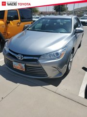 Used-2015-Toyota-Camry-Hybrid-LE