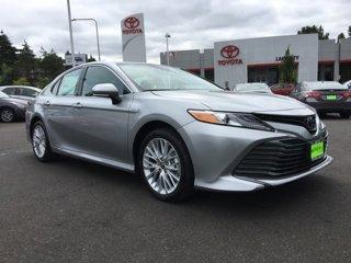 New-2020-Toyota-Camry-Hybrid-XLE-CVT