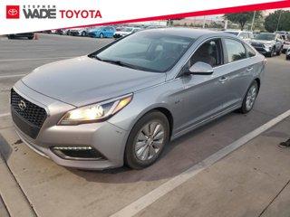 Used-2016-Hyundai-Sonata-Hybrid-SE