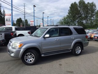 Used-2006-Toyota-Sequoia-4dr-SR5-4WD