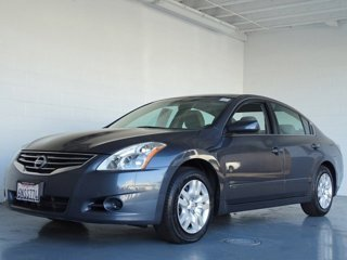 Used-2010-Nissan-Altima-4dr-Sdn-I4-CVT-25-S