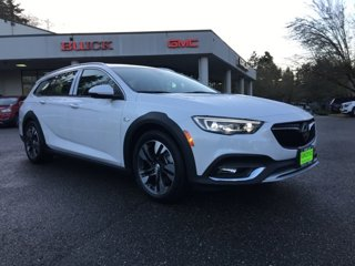 New-2020-Buick-Regal-TourX-5dr-Wgn-Essence-AWD