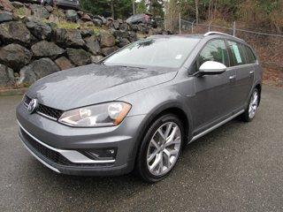 Used-2017-Volkswagen-Golf-Alltrack-SEL