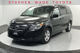 Used-2011-Volkswagen-Routan-SE-with-RSE-and-Navigation