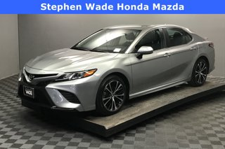 Used-2019-Toyota-Camry-SE