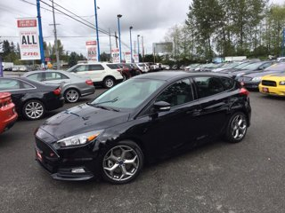 Used-2017-Ford-Focus-ST-Hatch