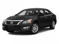 Used-2014-Nissan-Altima-4dr-Sdn-I4-25-S