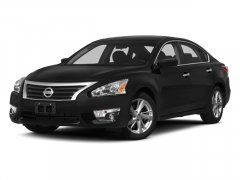 Used-2014-Nissan-Altima-4dr-Sdn-I4-25-SV
