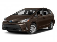 New-2017-Toyota-Prius-v-Three