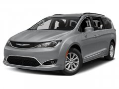 Used-2018-Chrysler-Pacifica-Touring-L-FWD