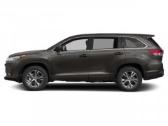 New-2019-Toyota-Highlander-LE-Plus-V6-AWD