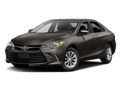 Used-2017-Toyota-Camry-XLE